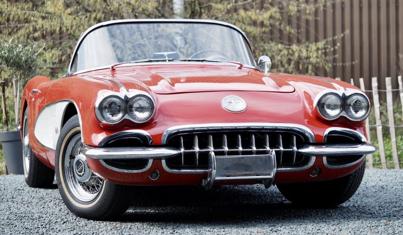 Chevrolet Corvette Stingray 5.7 1960 – Vendue complet