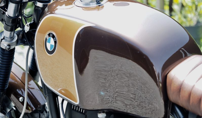 Réalisation Scrambler sur notre BMW R100 RT 1979 – Vendue full